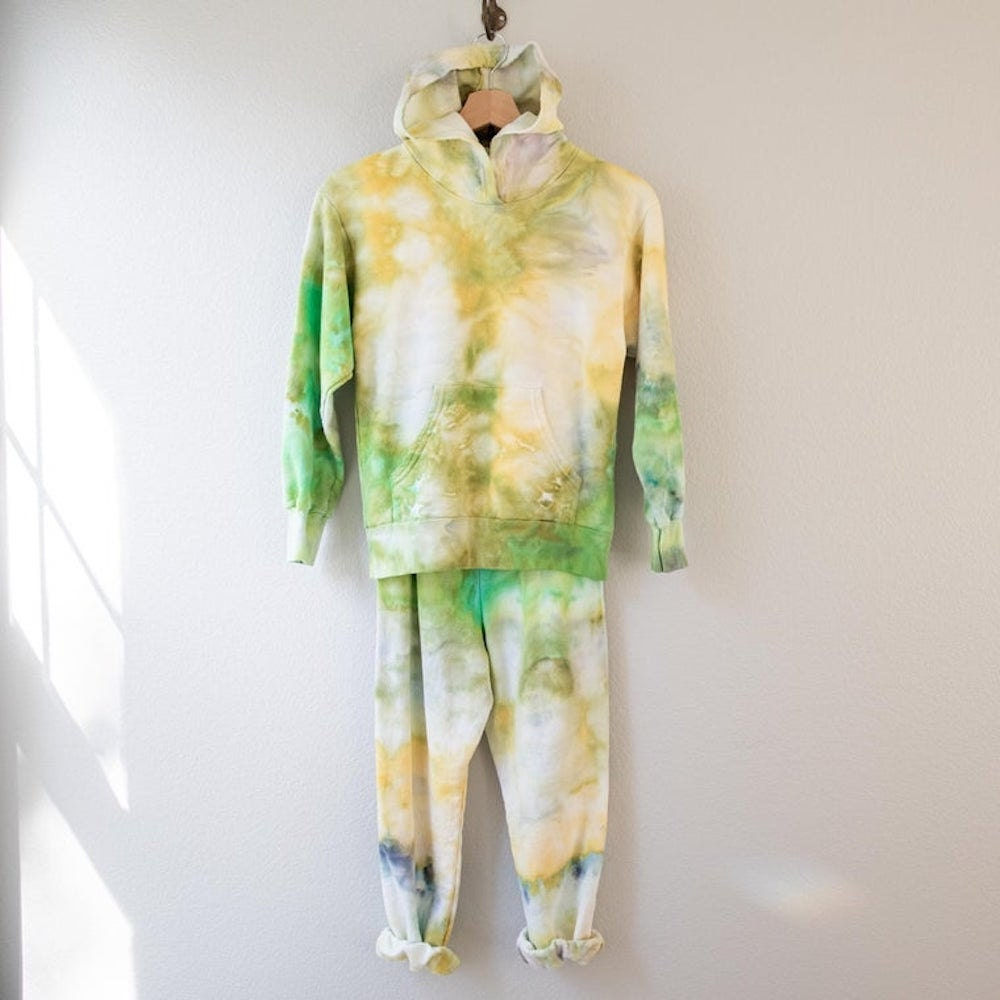 Matching tie-dye fall fashion sweatsuit for kids from Waymaker Market