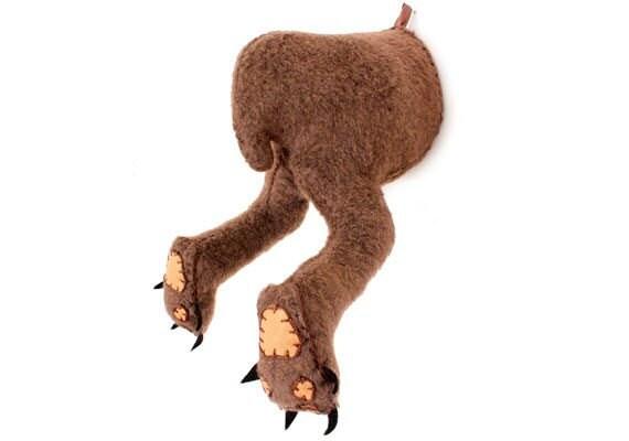 ai-creatures-bear-behind