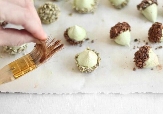 etsy-heather-baird-sprinklebakes-acorns-012