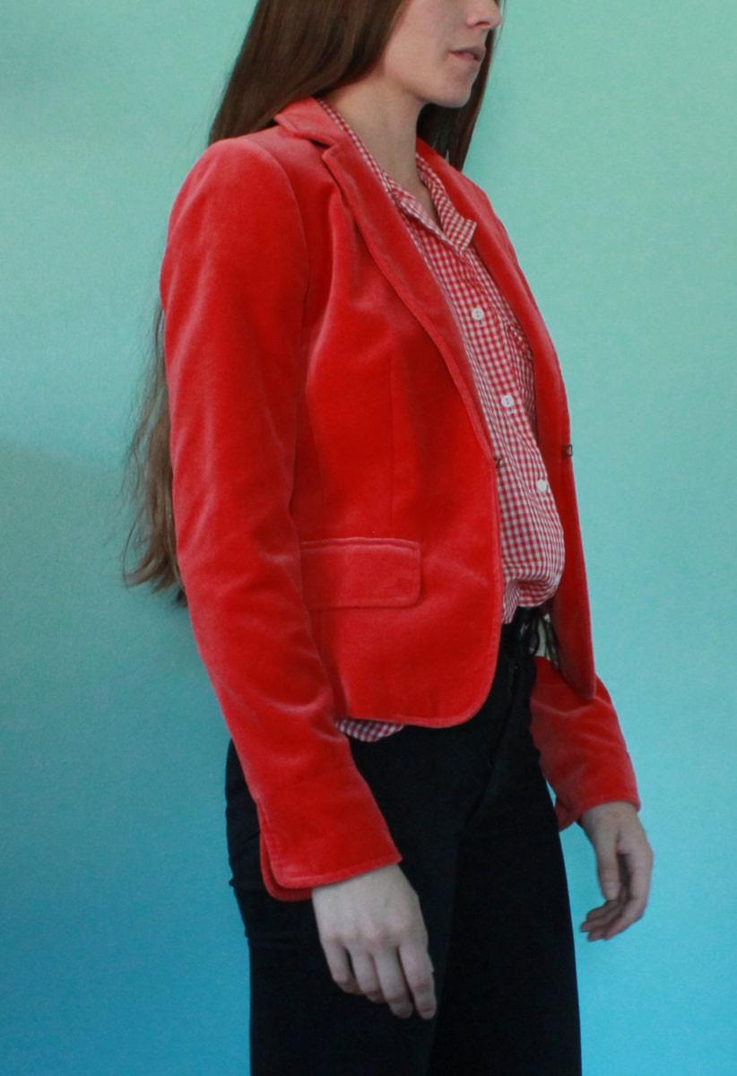 red-blazer-2