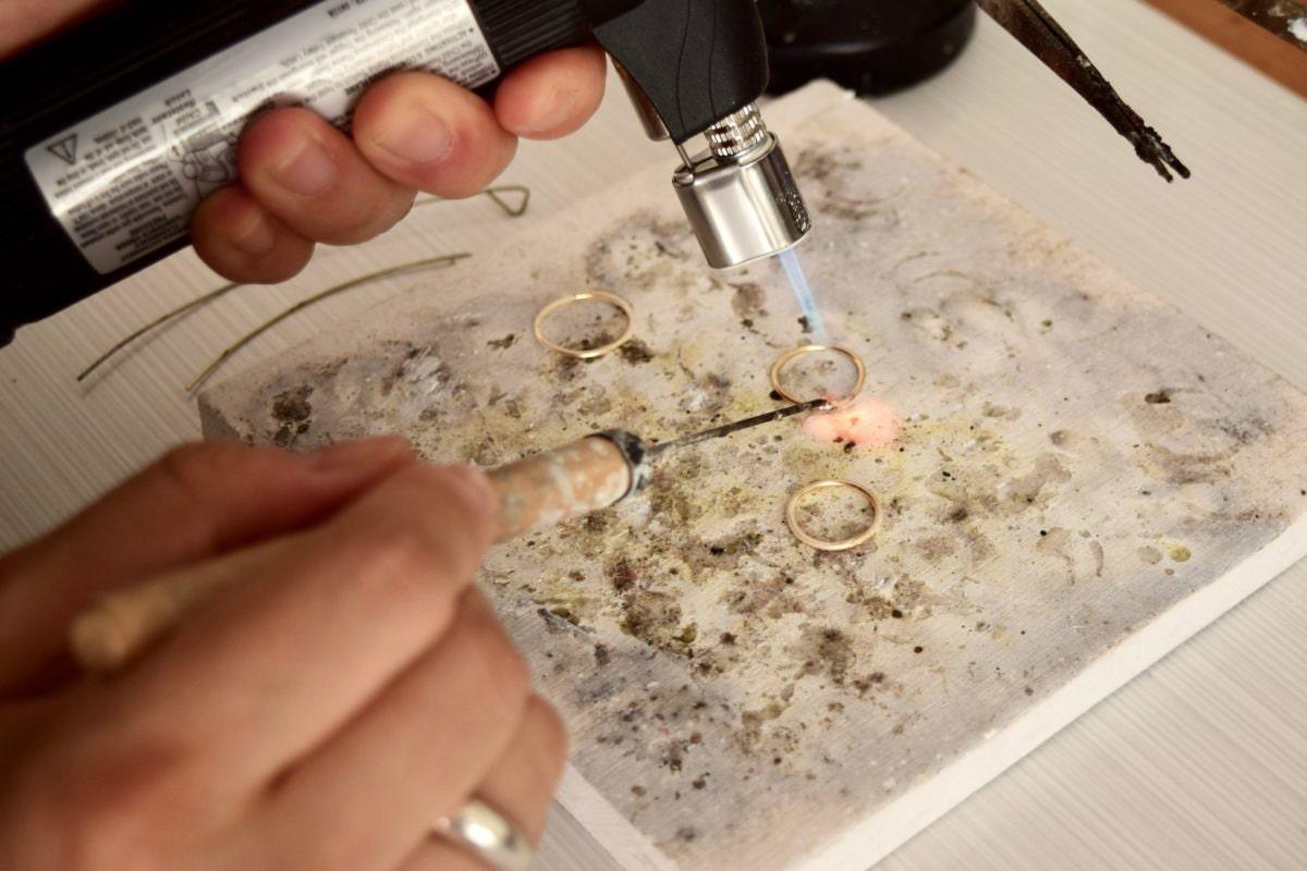Shuang soldering rings