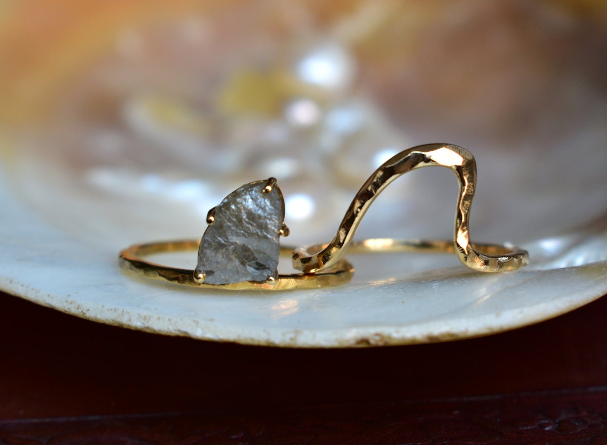 Rough diamond and hammered gold ring set from Abhika Jewels