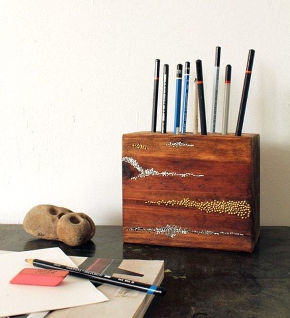 Design-Sponge_Pencil-Block