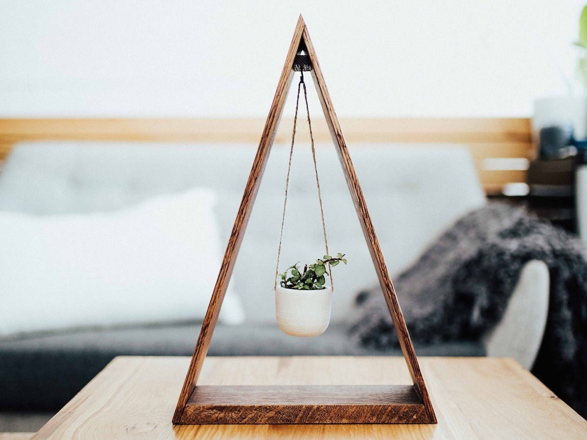 Small hanging planter from CBYMCREATIVE
