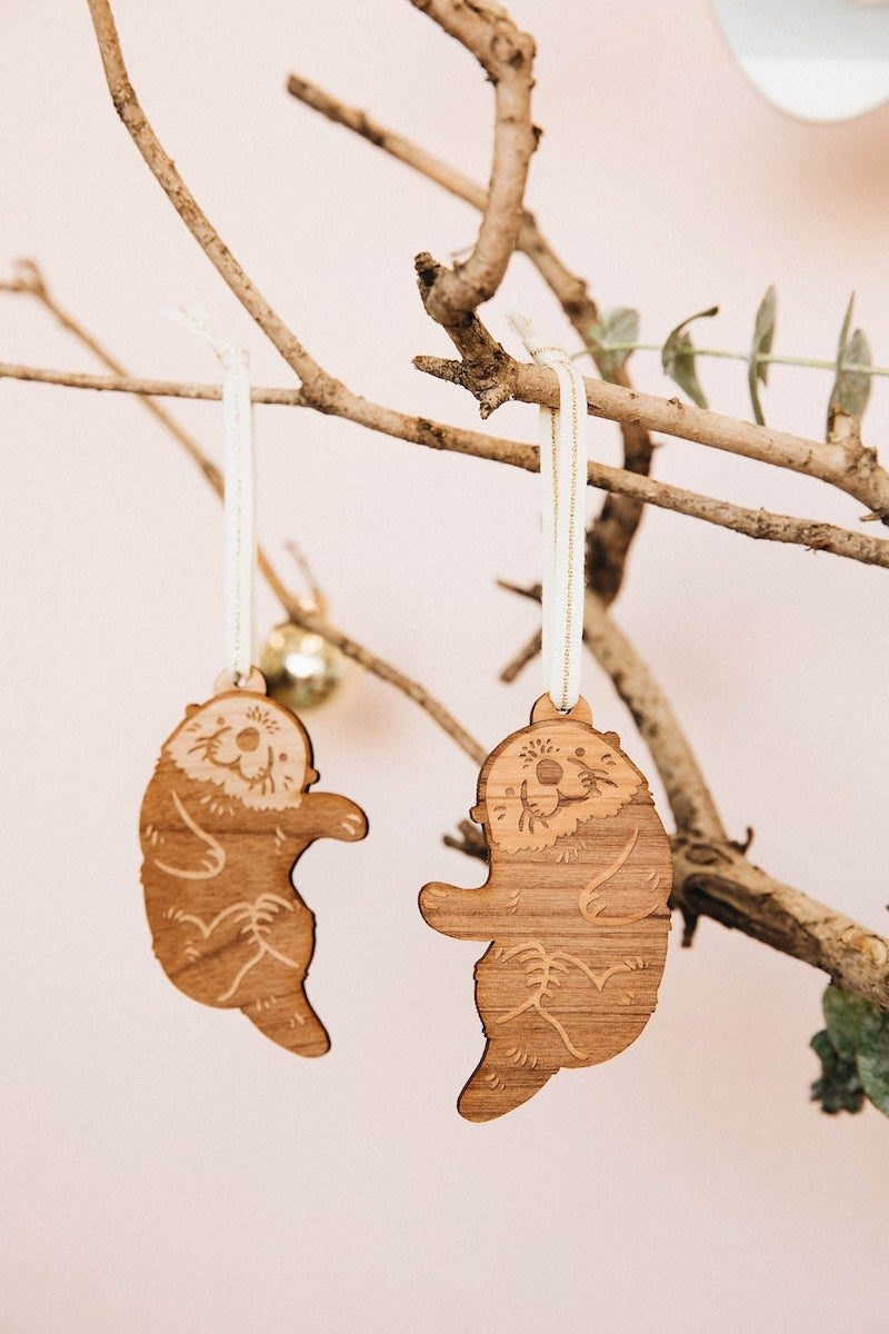Customizable otter ornaments from Hereafter