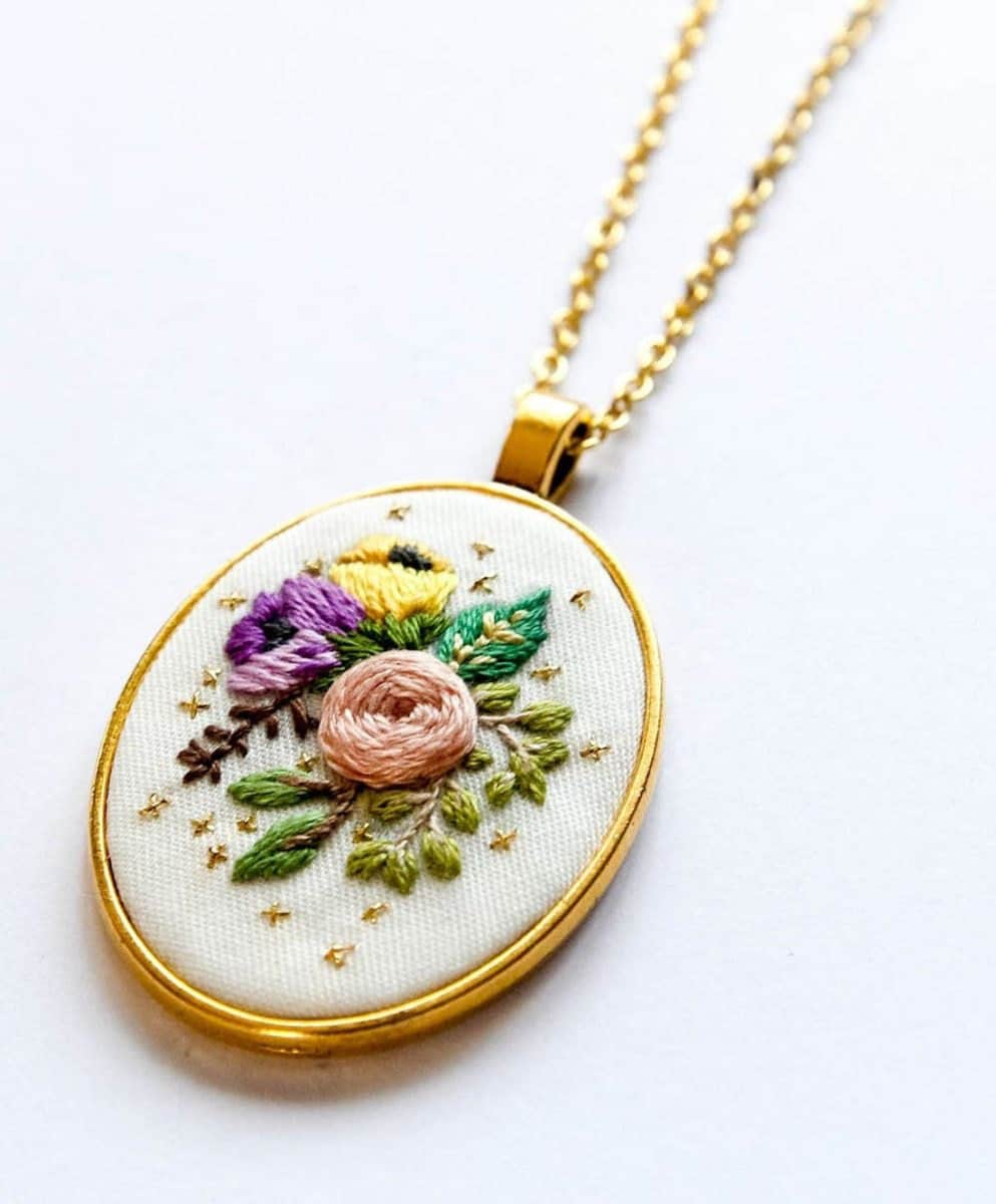 Embroidered floral pendant necklace from Thursday Craft Love