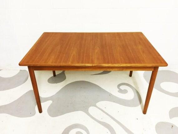 dsartereno-dining-table