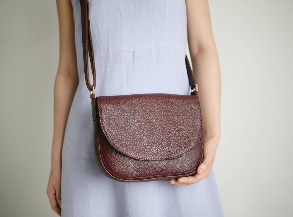 A leather saddle bag from Alex Bender in Bordeaux