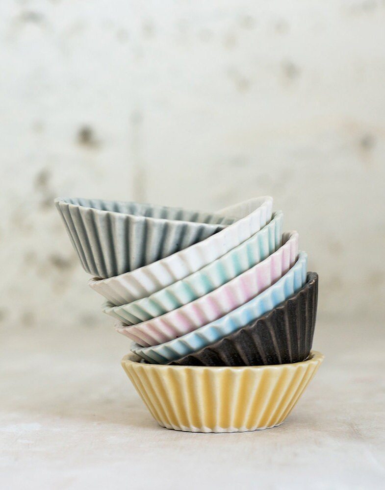 fs_1220-ceramics_cupcake-bowls