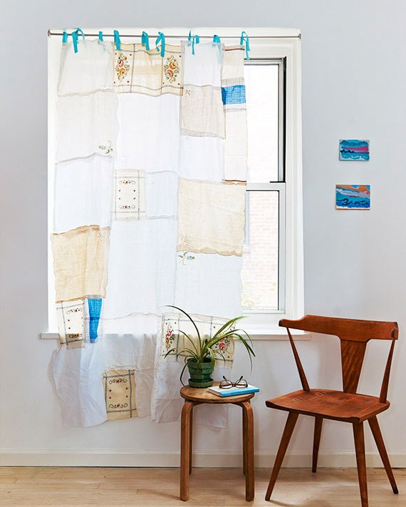 Make-an-Upcycled-Napkin-Curtain