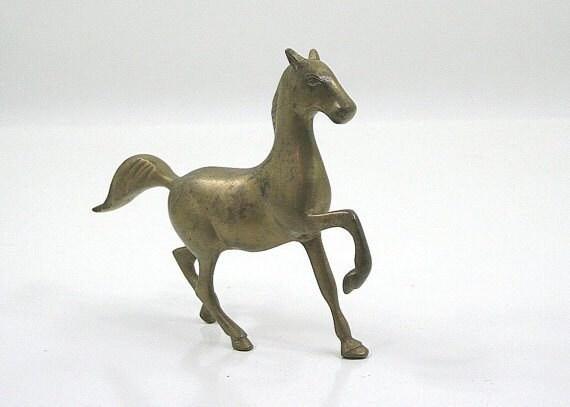 daphnebleu-brass-horse