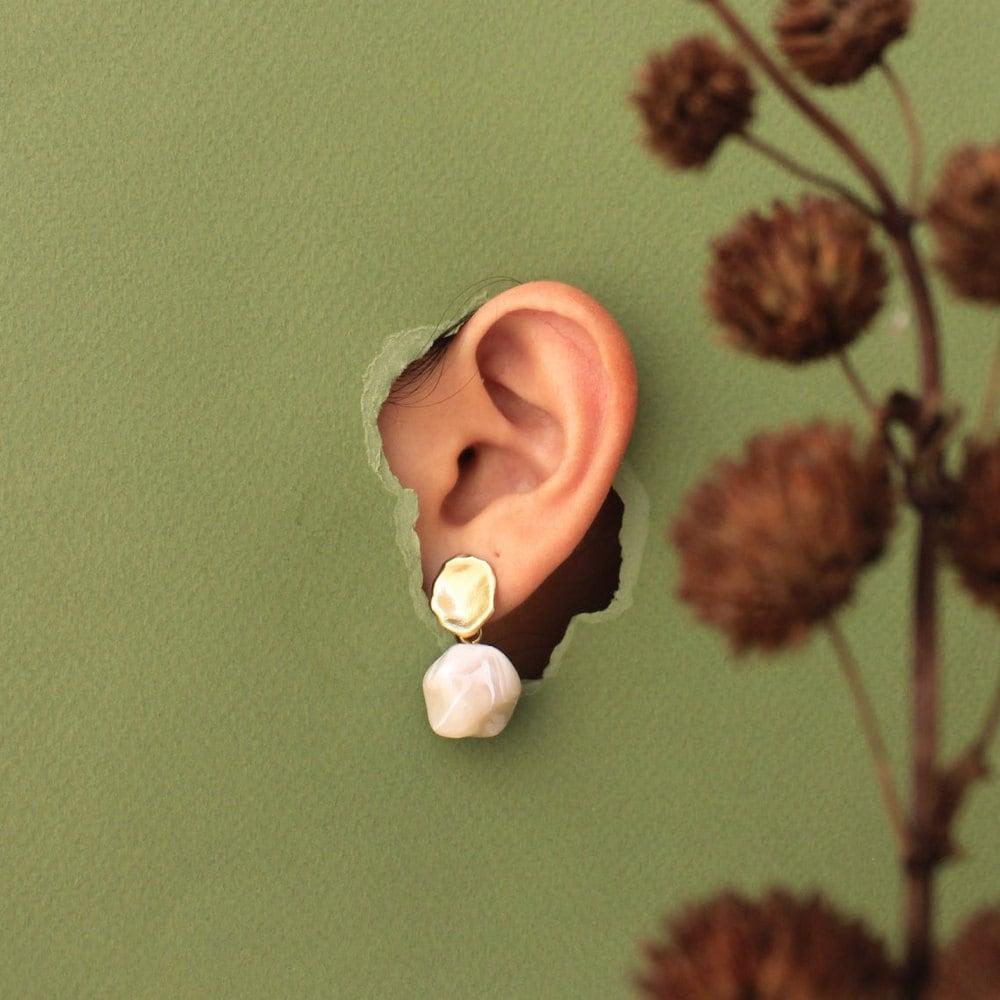 Perla drop earrings from TSUNJA