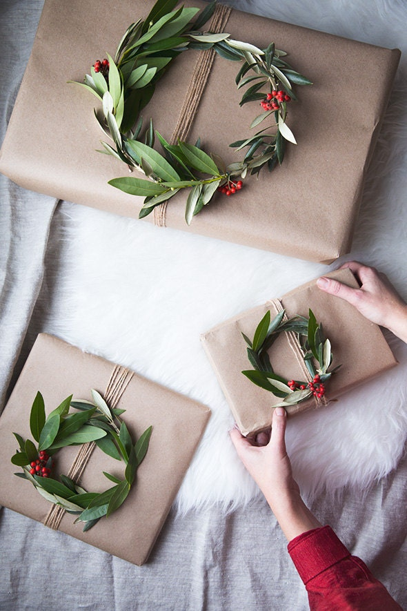 wreath_gift_toppers4