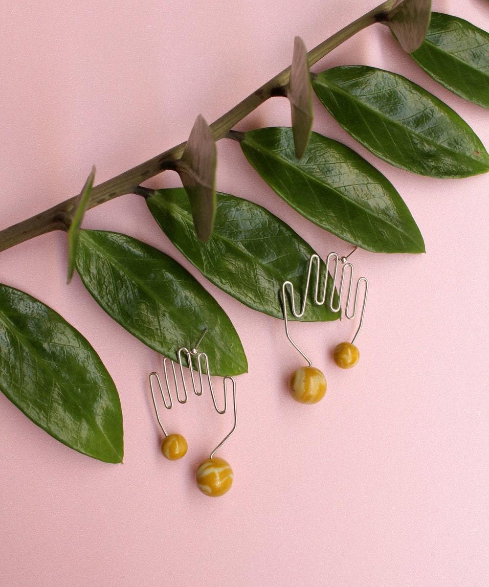 Hand wire earrings from TSUNJA