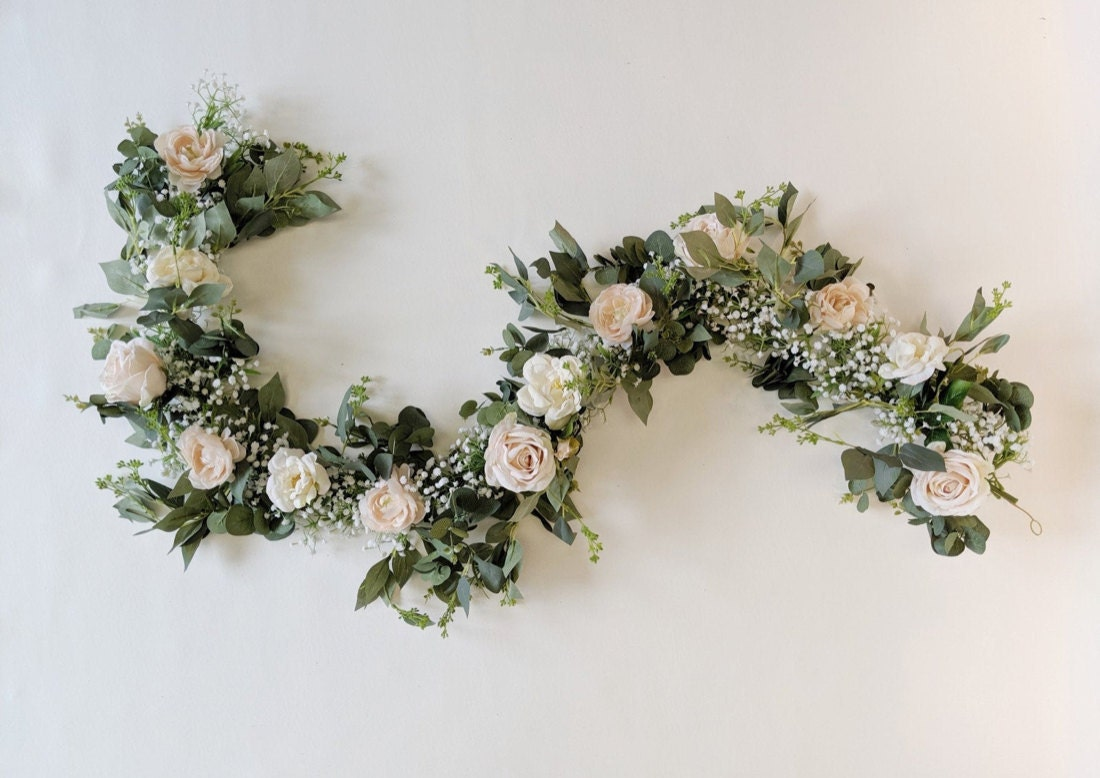 An example of a eucalyptus garland from The Faux Bouquets