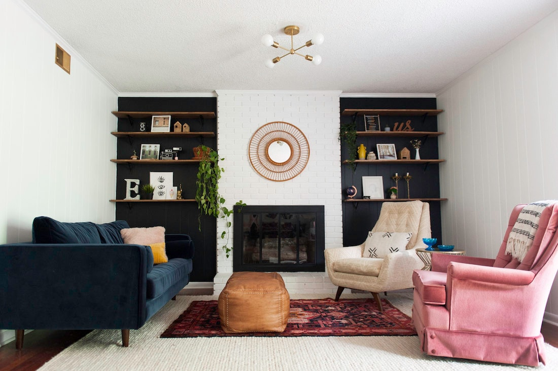 Allison Elefante's cozy, eclectic living room
