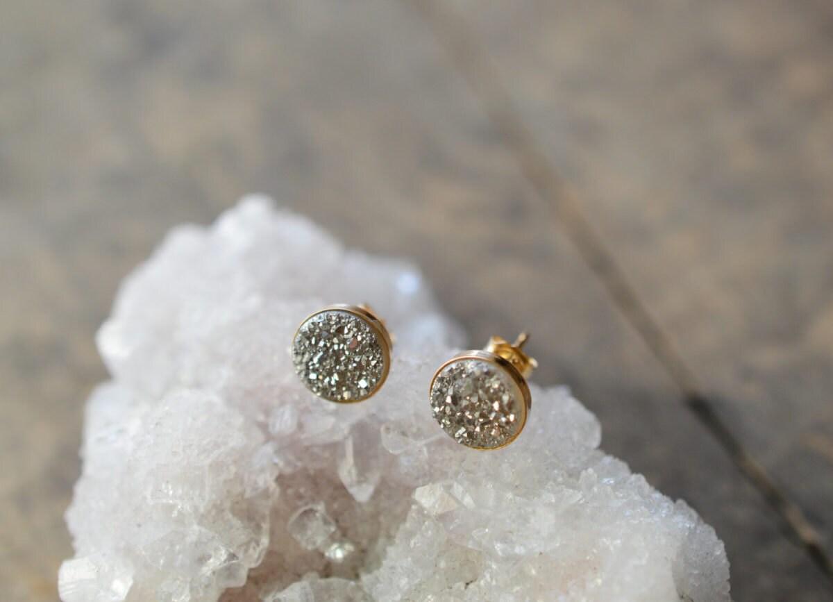 silver-druzies