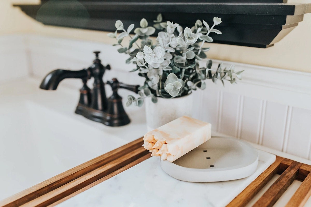 Stylish bathroom accessories from Etsy