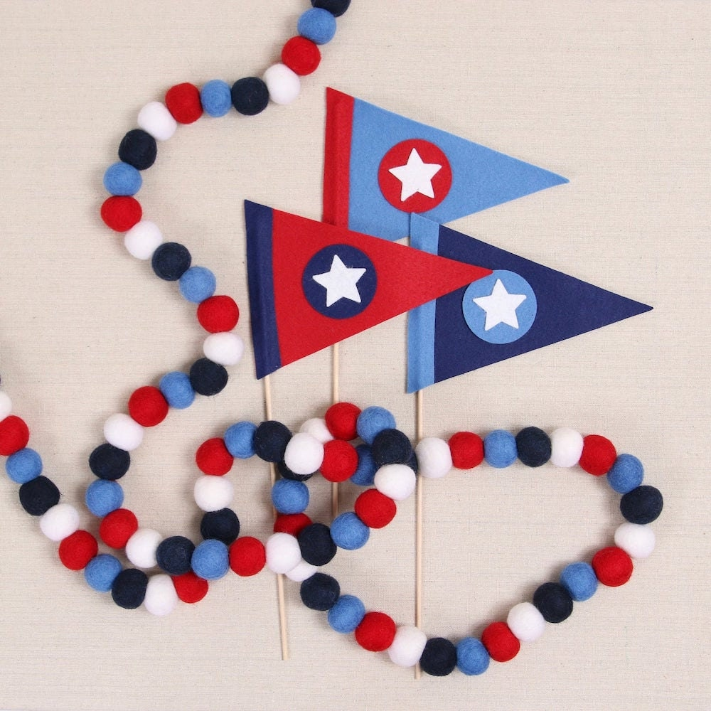 Patriotic pennant and pompoms from Etsy