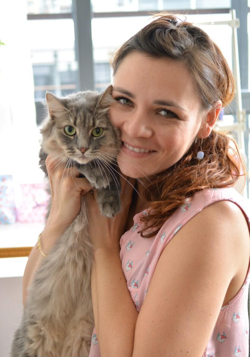 portrait_with_cat