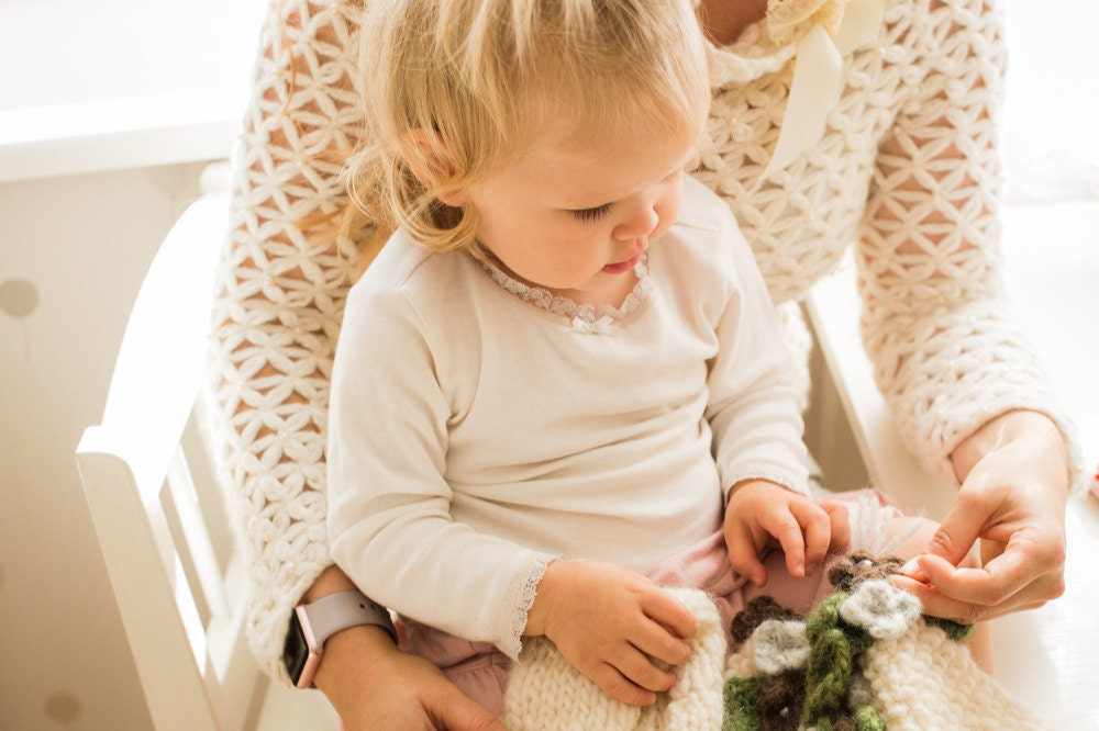 fs_muki-craft_working-with-daughter