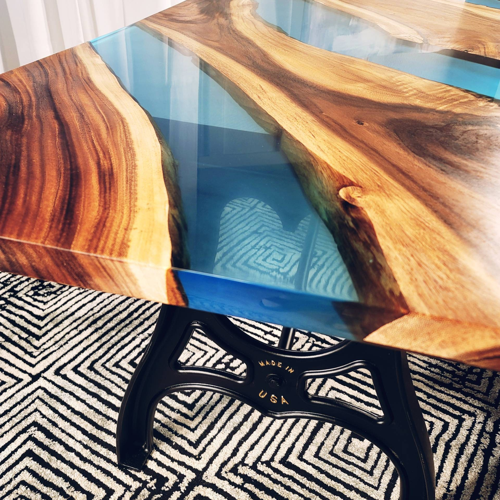 River tables Epoxy resin Black walnut