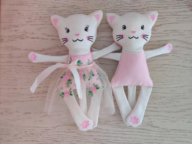 adorable kitties twins