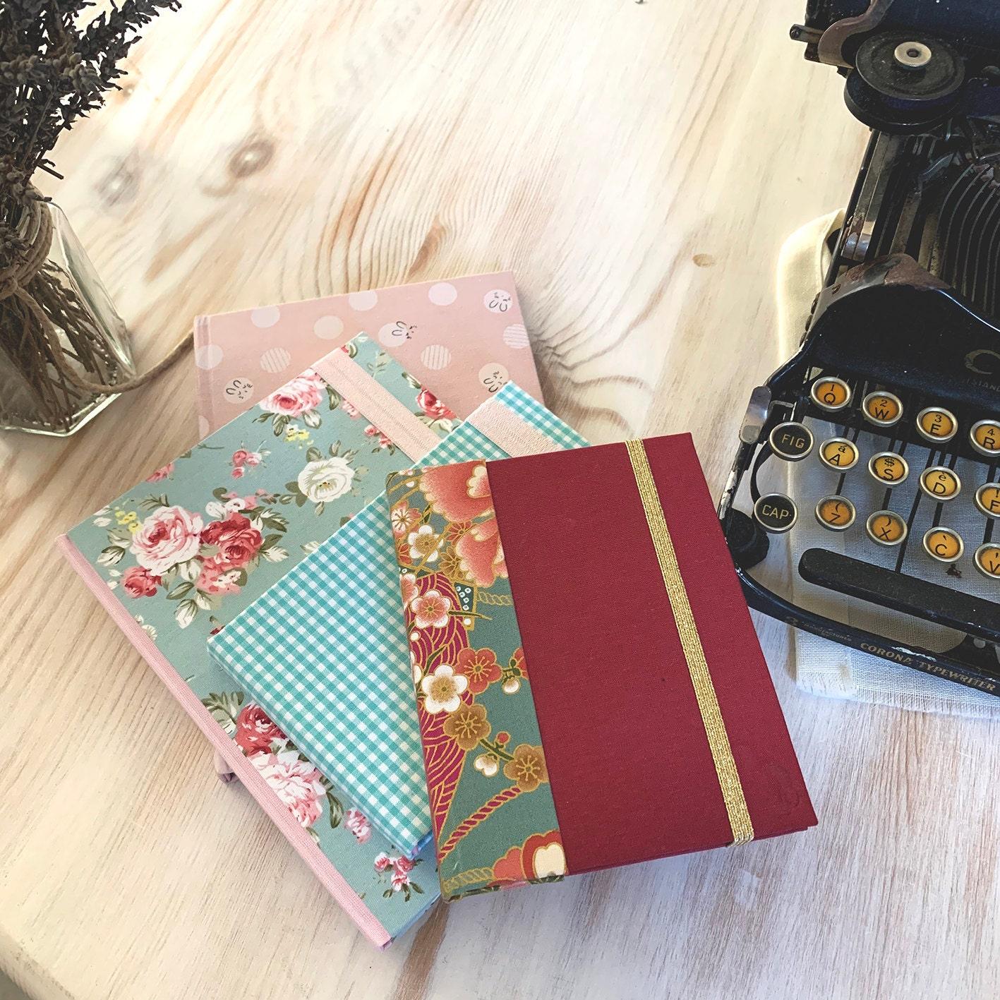 Libretas o cuadernos artesanales para recopilar momentos