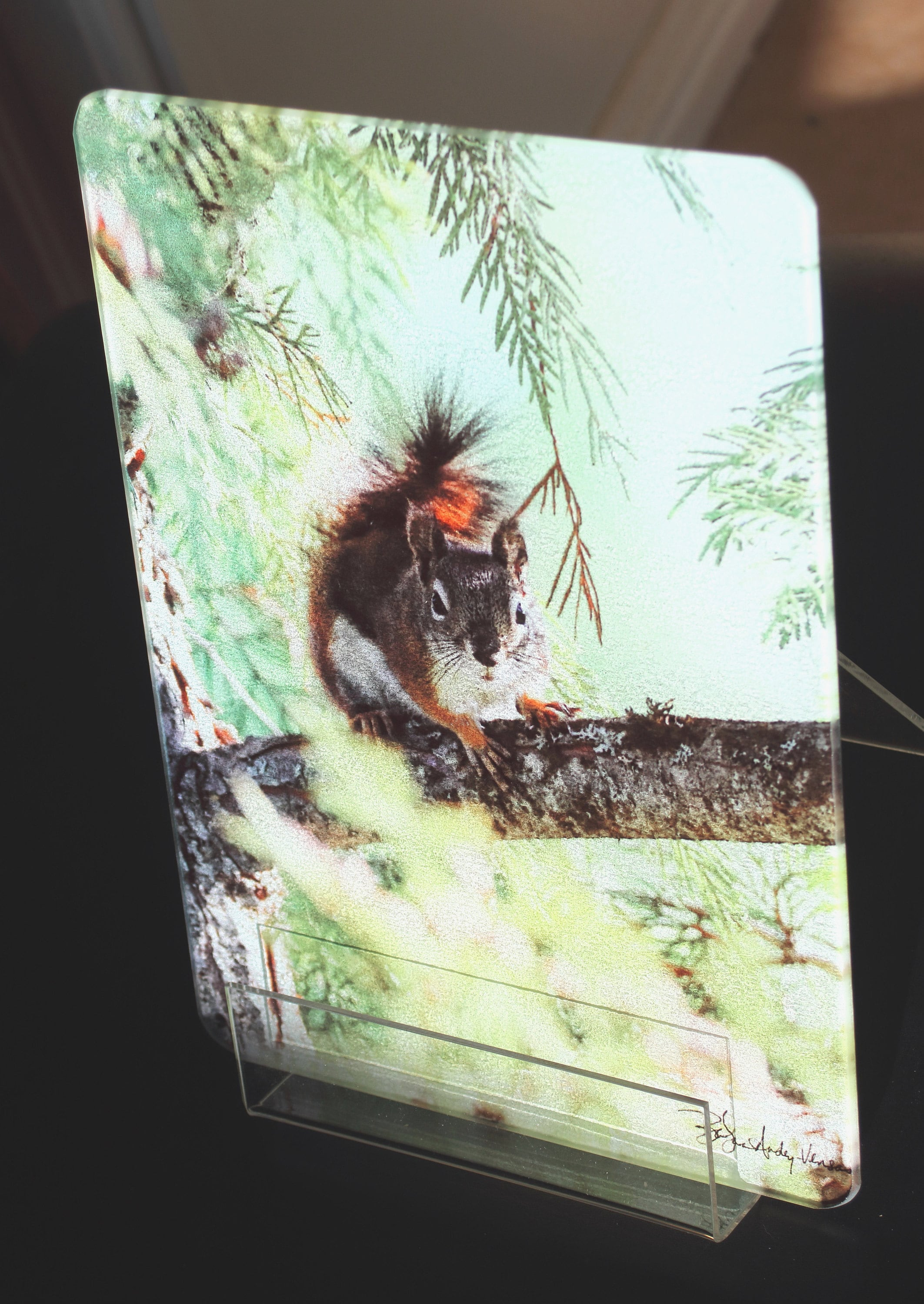 Red Squirrel MT Cutting Board smalle