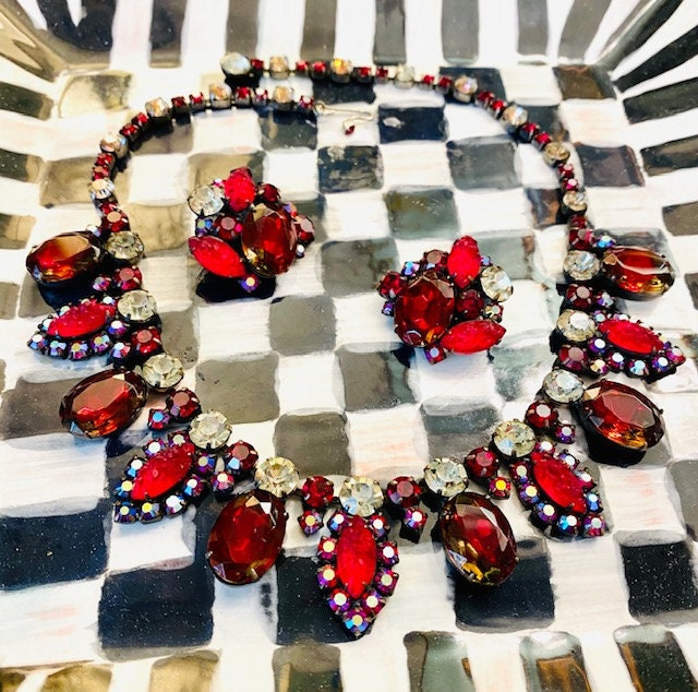 Red Juliana necklace and earrings, Christmas necklace