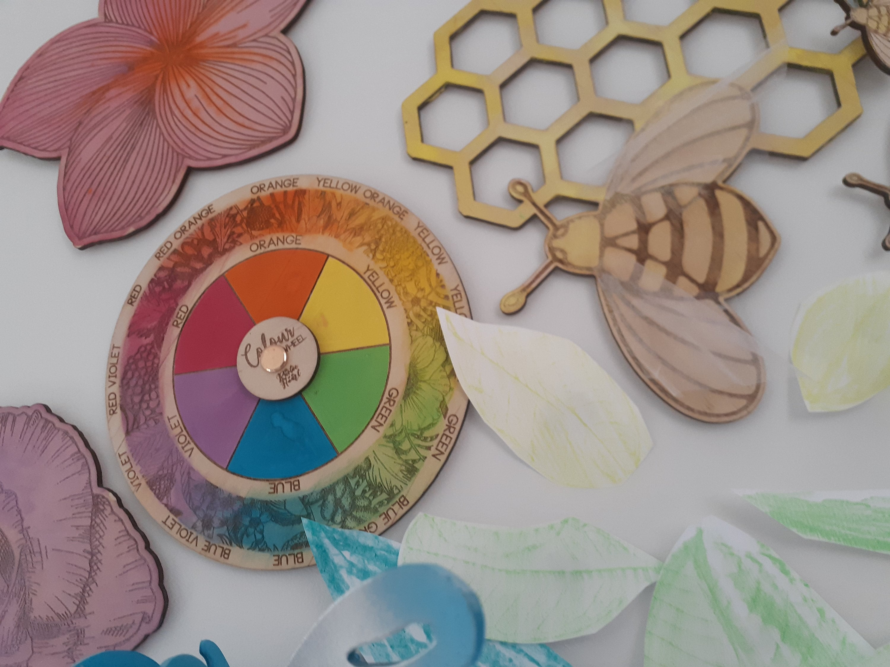 Colour wheel crafts