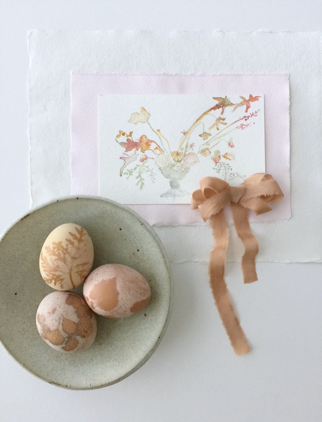 natural dyed easter eggs tutorial