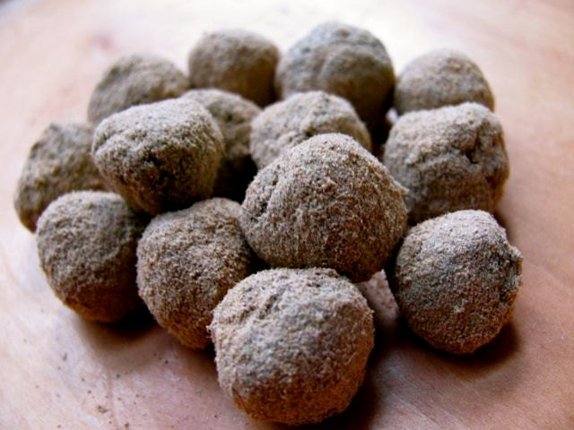 Powdered Herb Pastilles