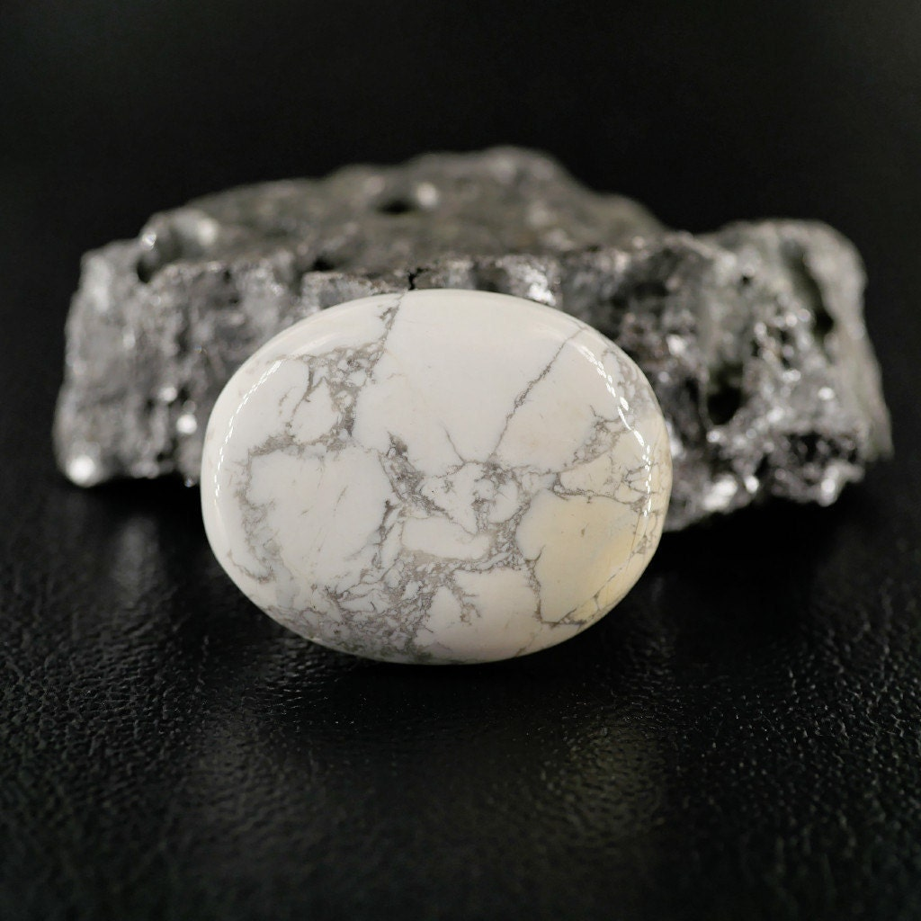 Howlite blanche - Taille cabochon