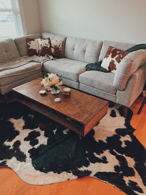 Austin Home Cowhide Rug