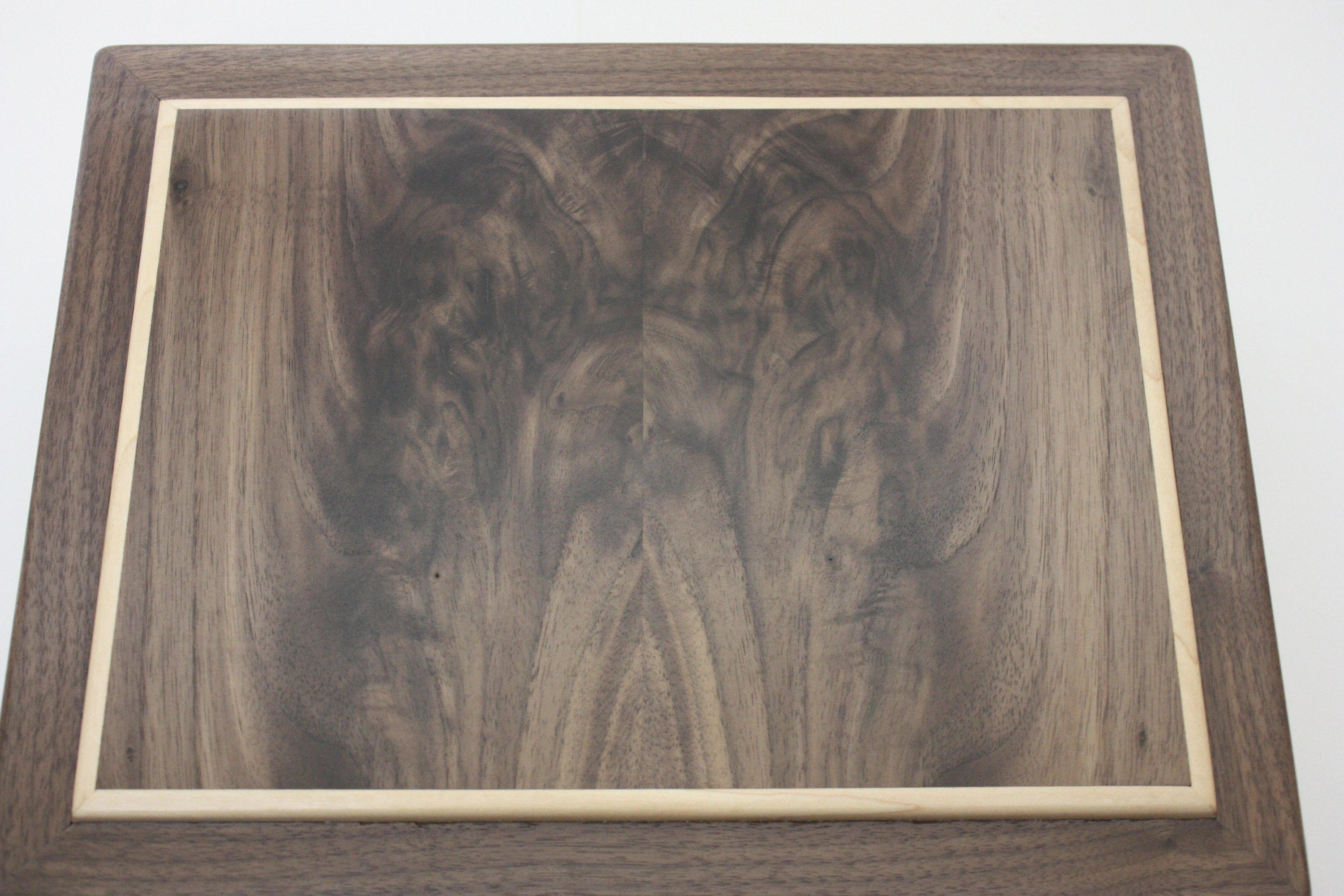 Book-Matched Black Walnut Lid on a Wooden Box