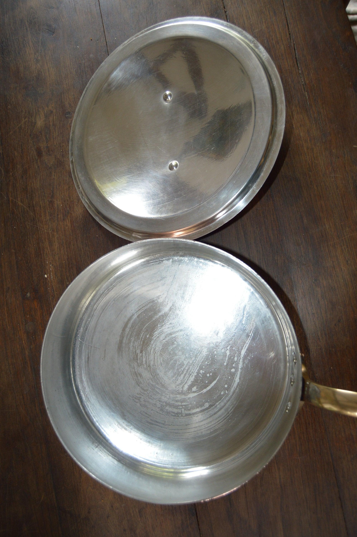 Service Pan with shiny tin.