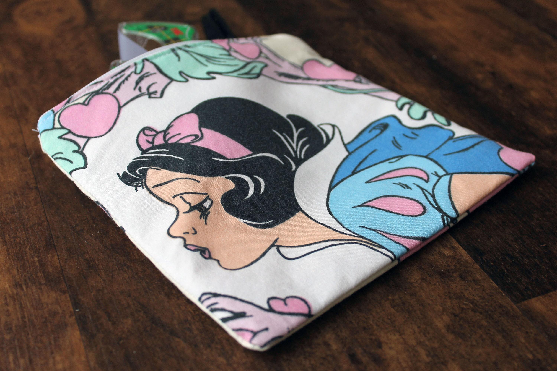 Vintage Snow White Bag