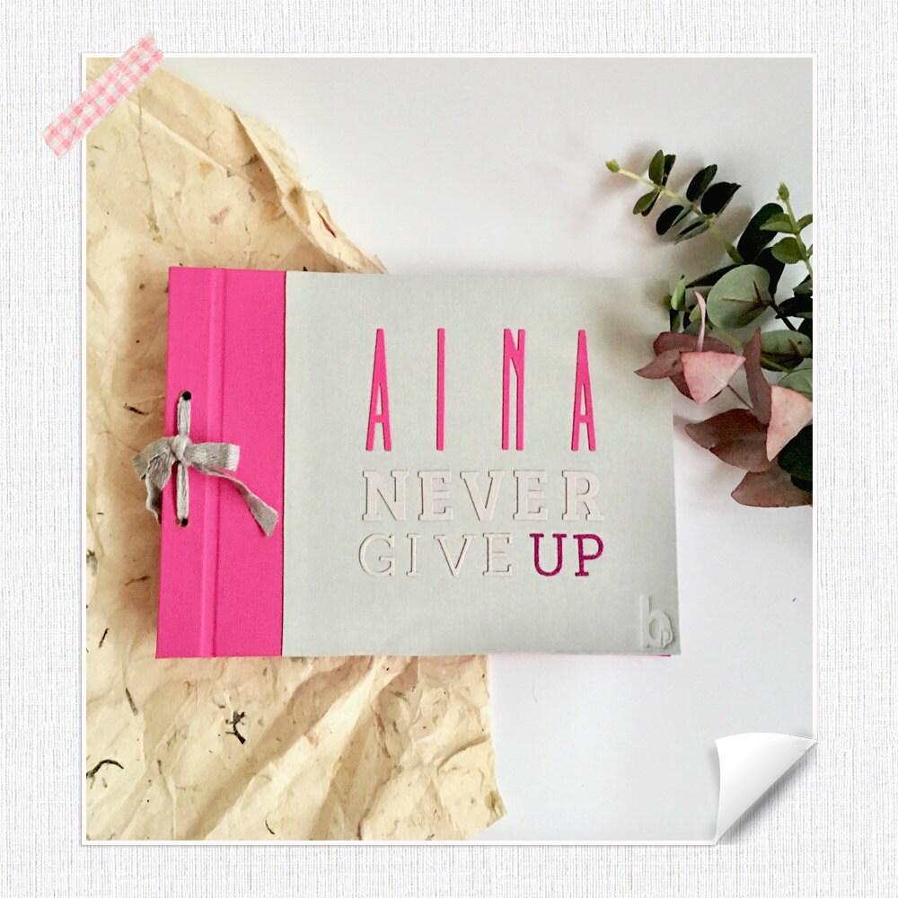 Foto de làlbum Aina Never Give Up
