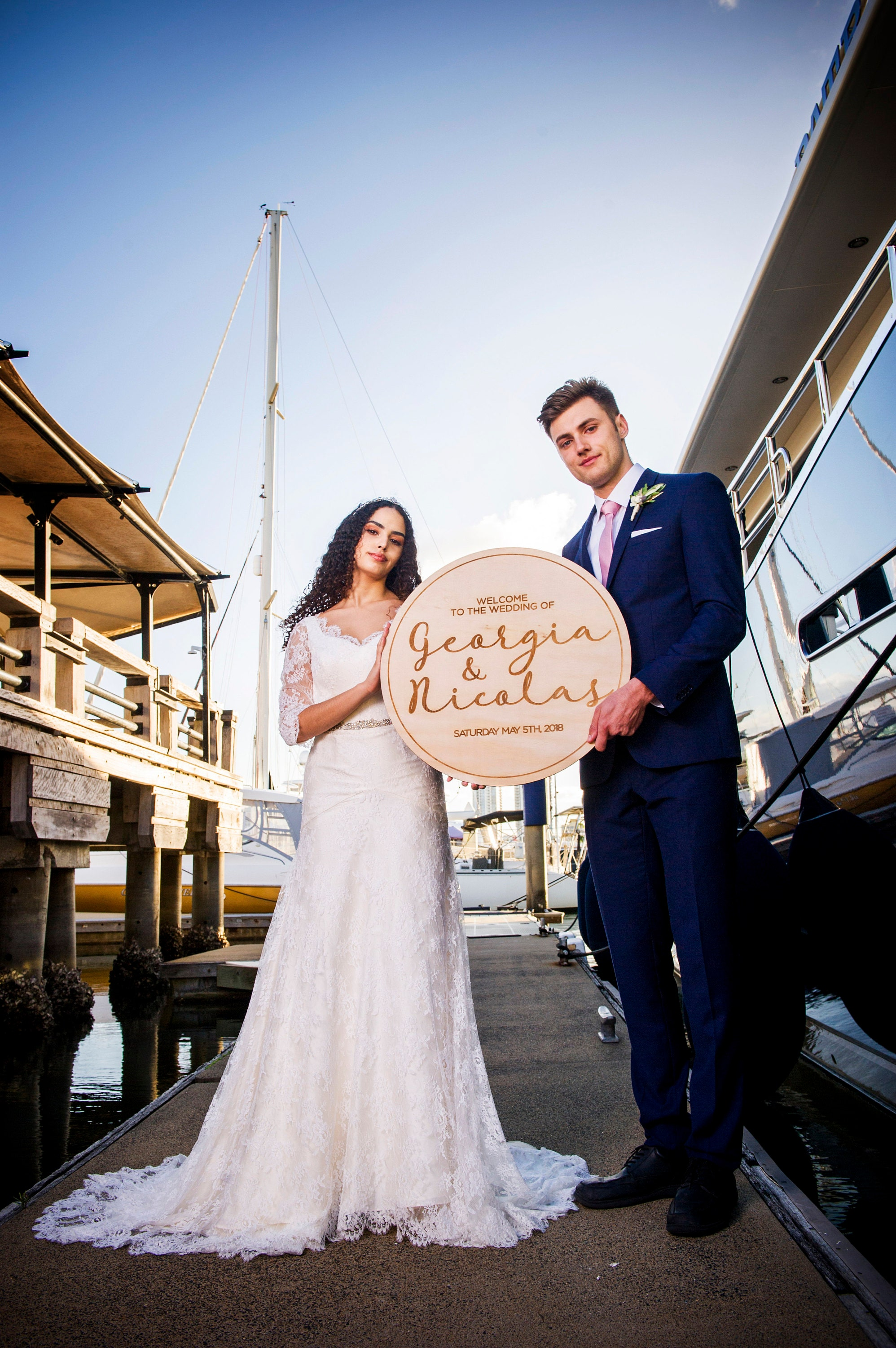 Round Wedding Signs - Wood
