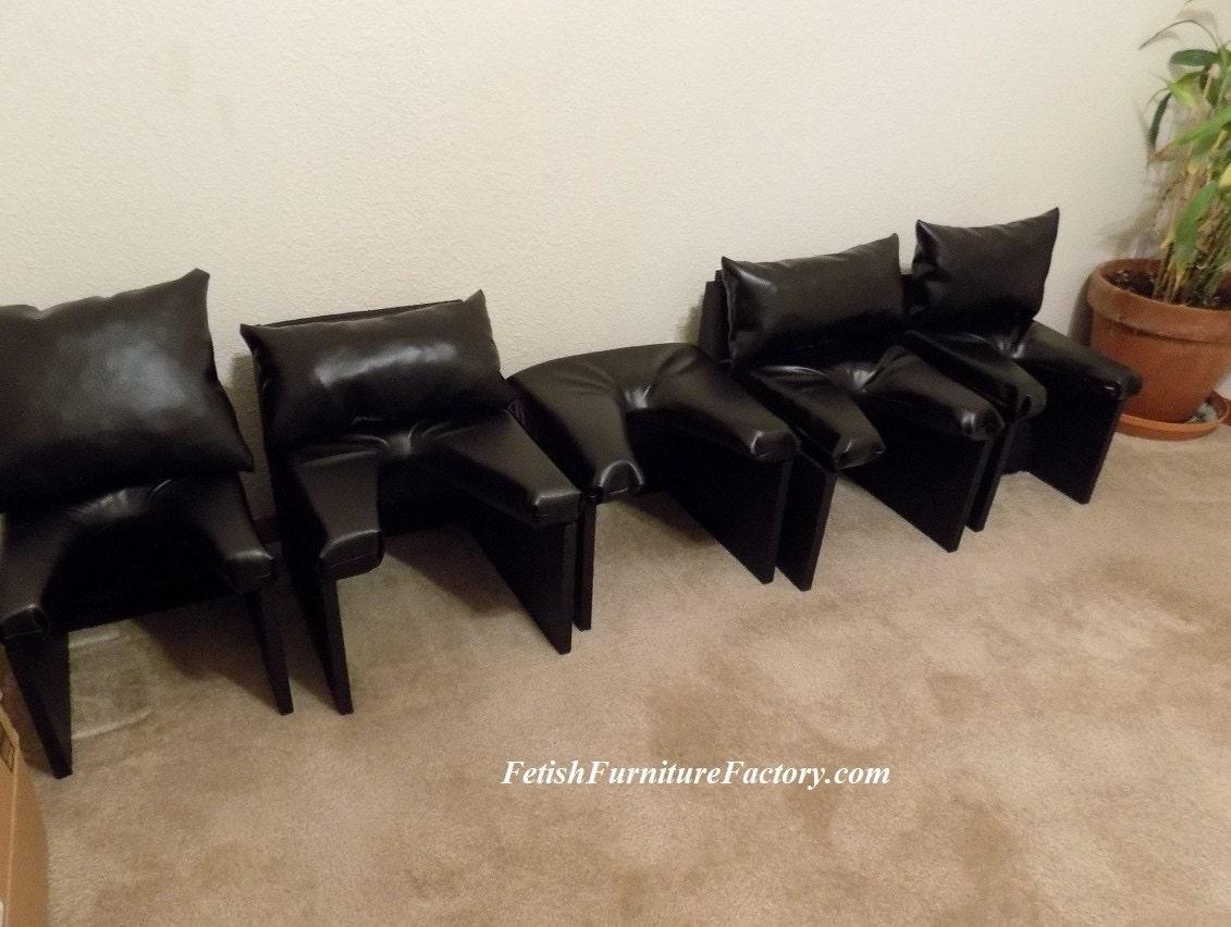Queening Chairs - Queening Stools - Face Sitting.