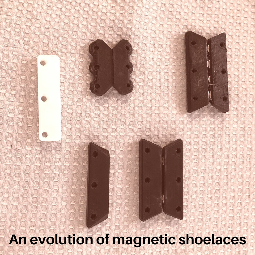 Evolution of Magnetic Shoeleaces