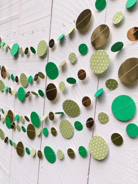 Green and lime green polka dot and gold glitter circles sewn into a St. Patricks Day garland decoration