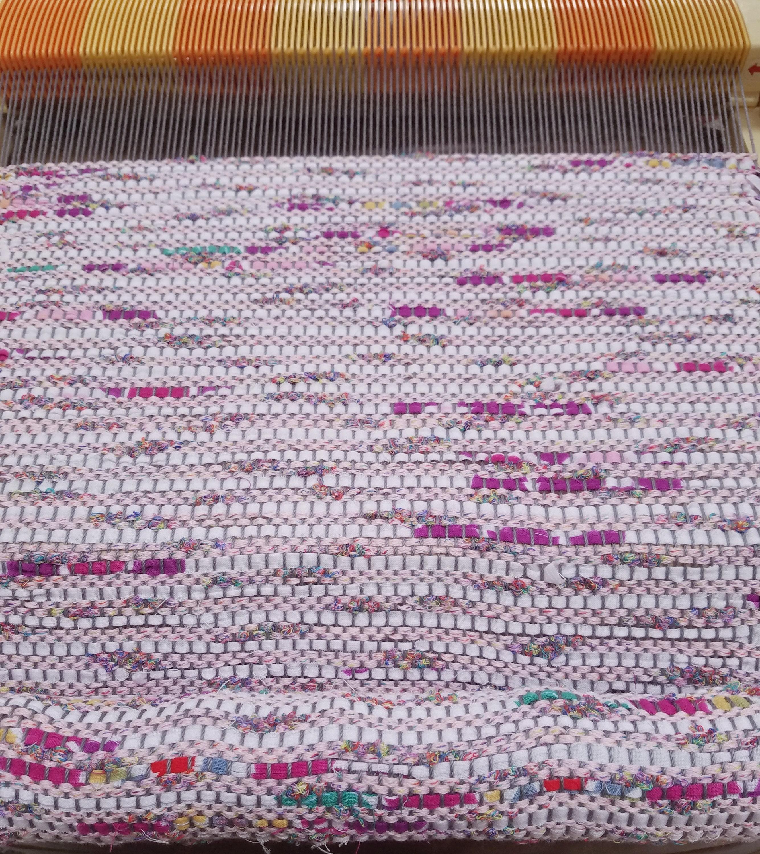 sakiori weaving on loom