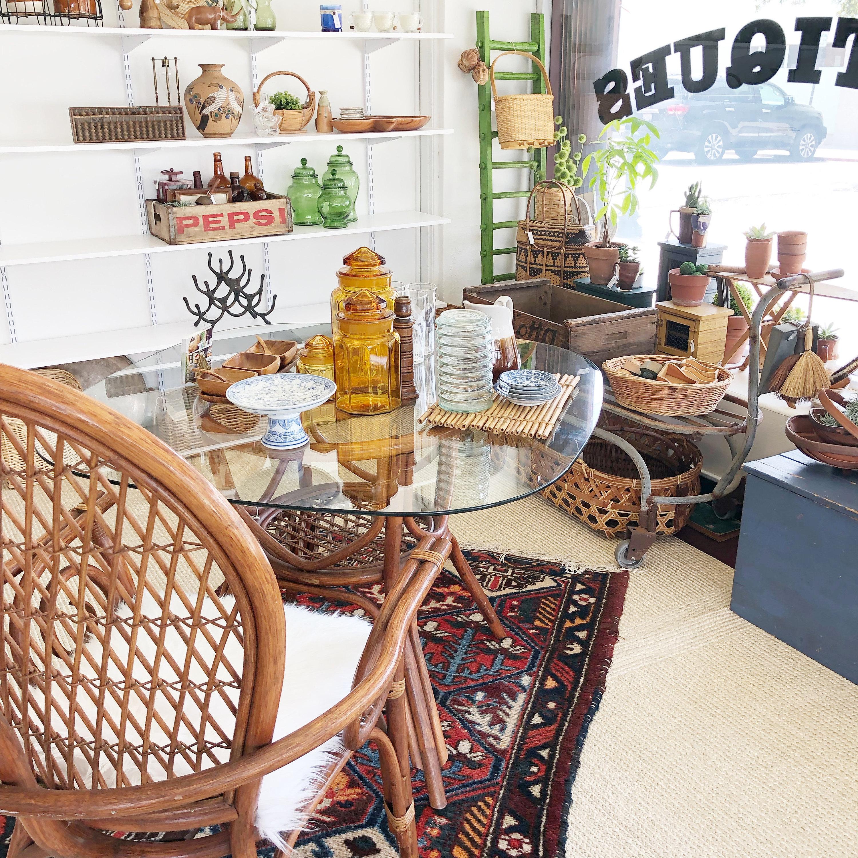 Mendez Manor Vintage Shop & Home