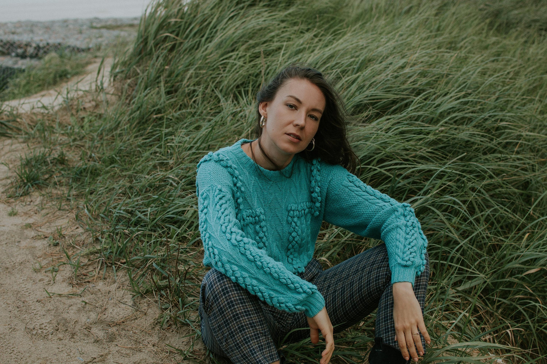 vintage pompon pullover