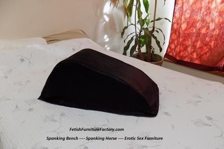 Spanking Horse - Spanking Bench - Caning - BDSM