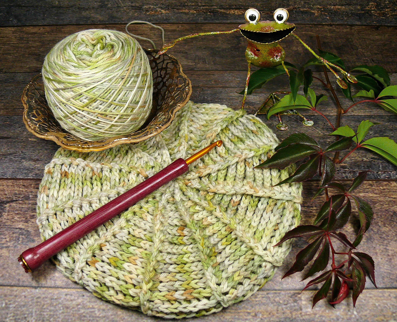 folly.me Mütze Mello pflanzengefärbte Bio Merino Rosy Green Wool