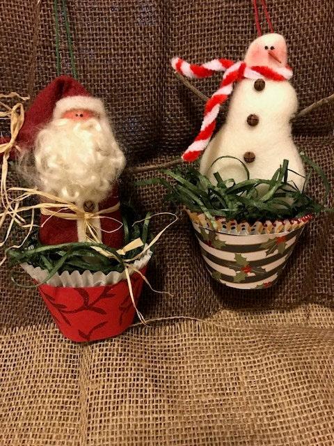 Santa & Snowman Christmas Cupcake Ornies Pattern
