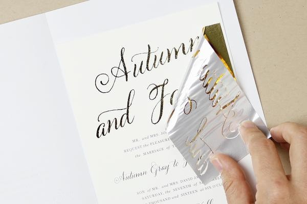 How to DIY foil wedding invitations DIY Gold foil printing
